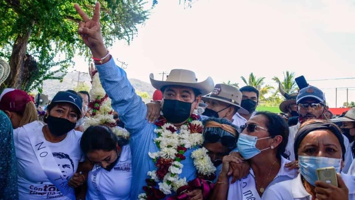 Retiro de candidatura a Félix Salgado divide opiniones en redes