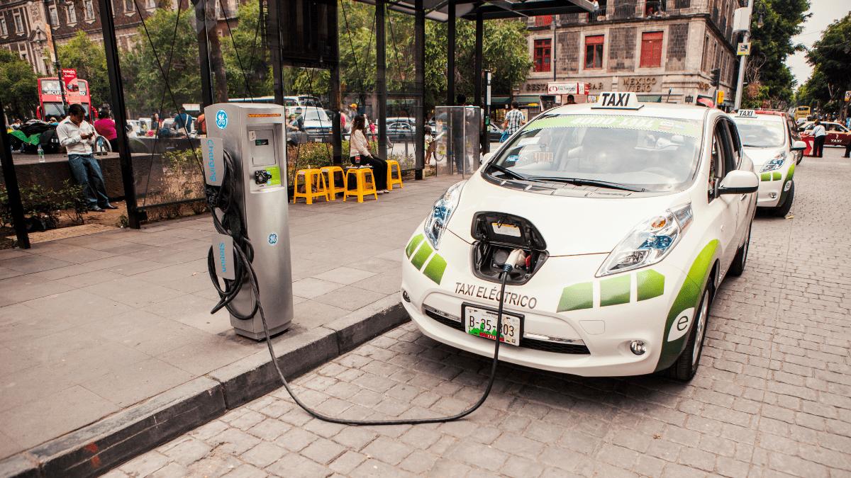 Autos eléctricos en México
