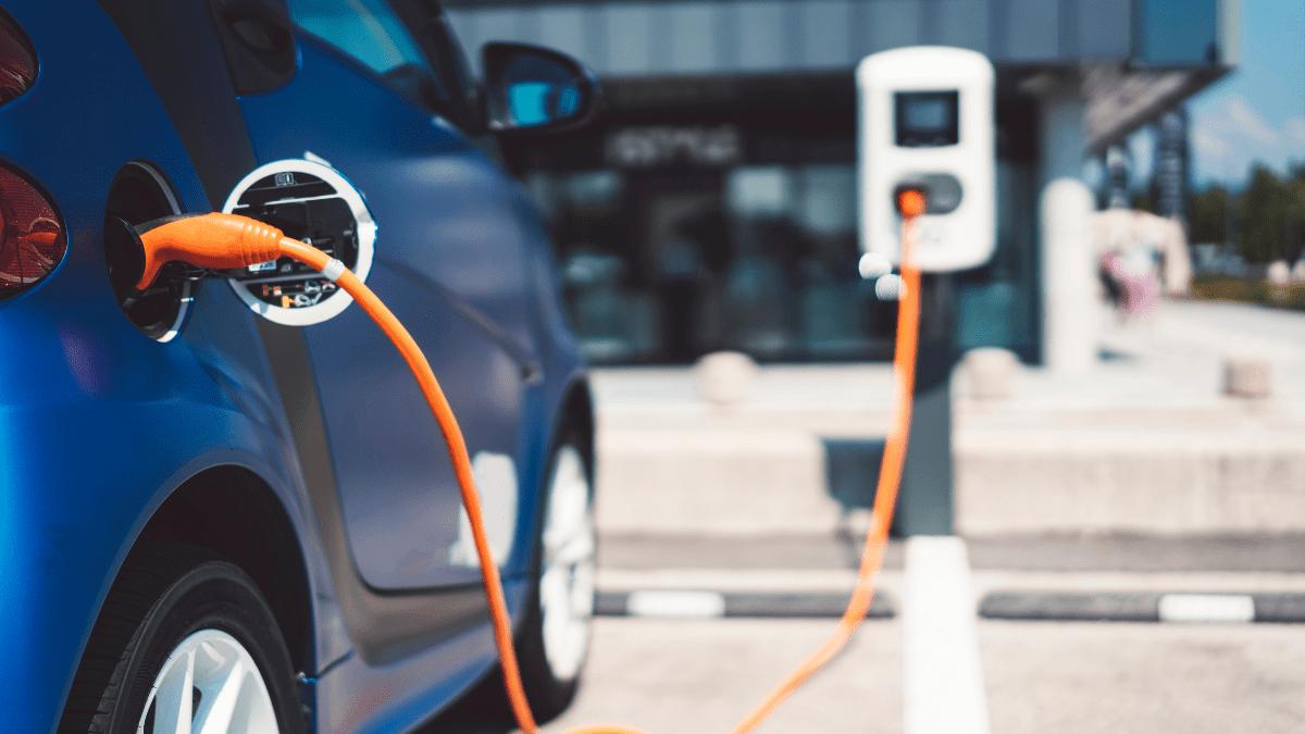 Autos híbridos y eléctricos